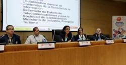 """Foto ponentes en """"Encuentro Aporta 2016"""""""