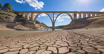 Estado de seca e escaseza de auga nos distritos da conca do río Guadalquivir, Ceuta e Melilla